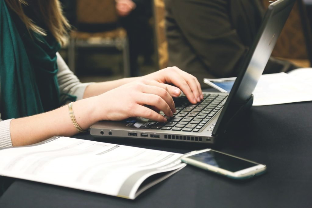 Google oferta 3.000 cursos gratuitos y válidos para el SEPE