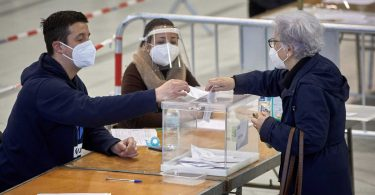 2.000 ofertas de empleo para trabajar el 4 de mayo en las elecciones de Madrid