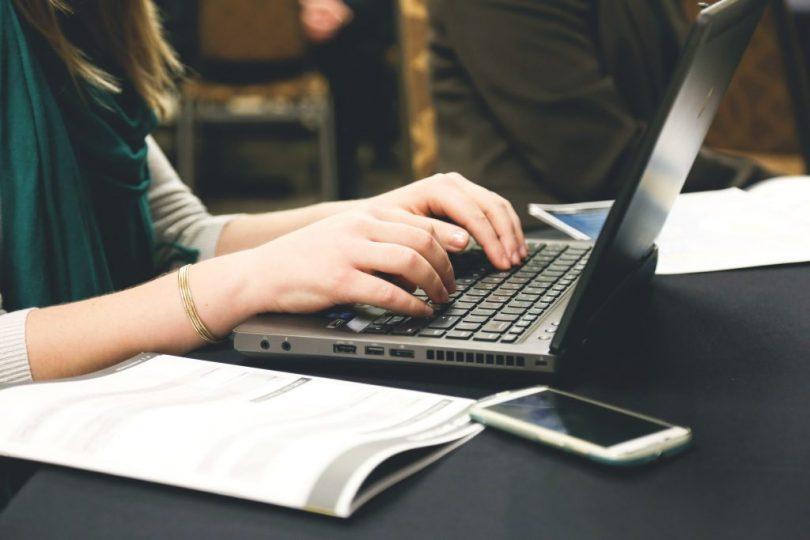 Las 5 mejores páginas web para encontrar empleos para teletrabajar