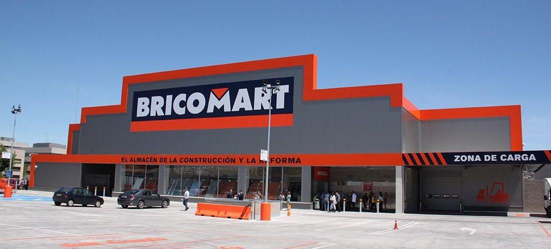 Más de un centenar de ofertas de empleo en Bricomart con sueldos desde 1.200 euros