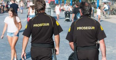 Prosegur busca vigilantes de seguridad y personal de oficina con sueldos de 1.200 euros